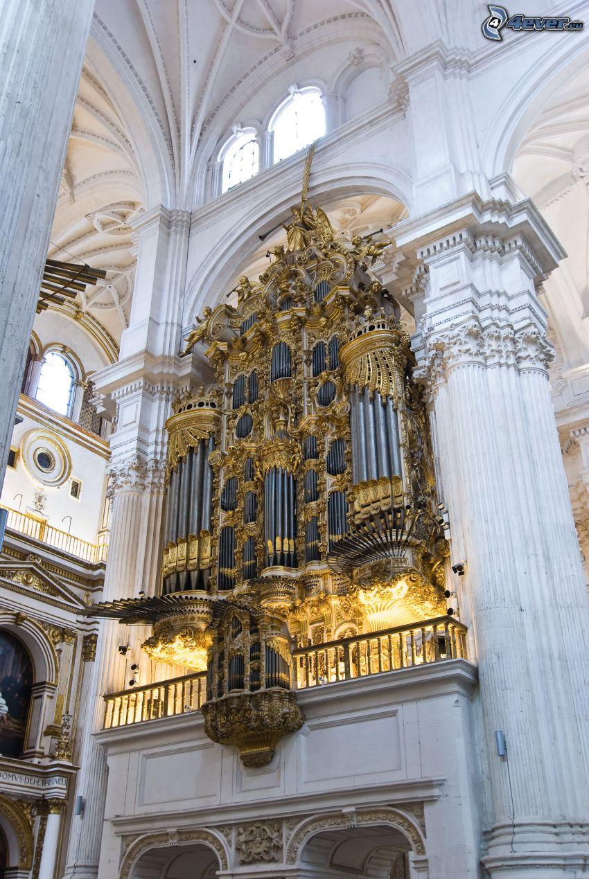 Granada Cathedral, altar