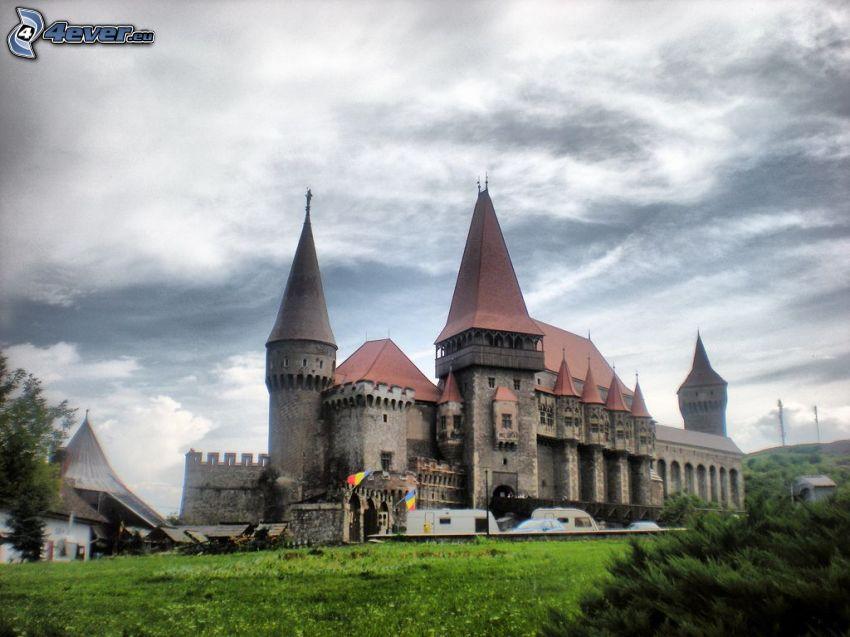 Hunyad, castillo, nubes