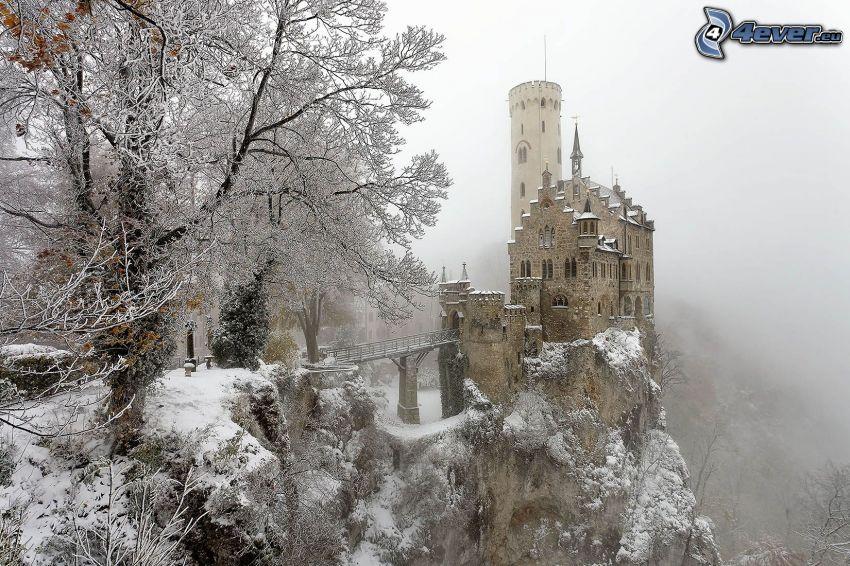 Lichtenstein Castle, paisaje nevado
