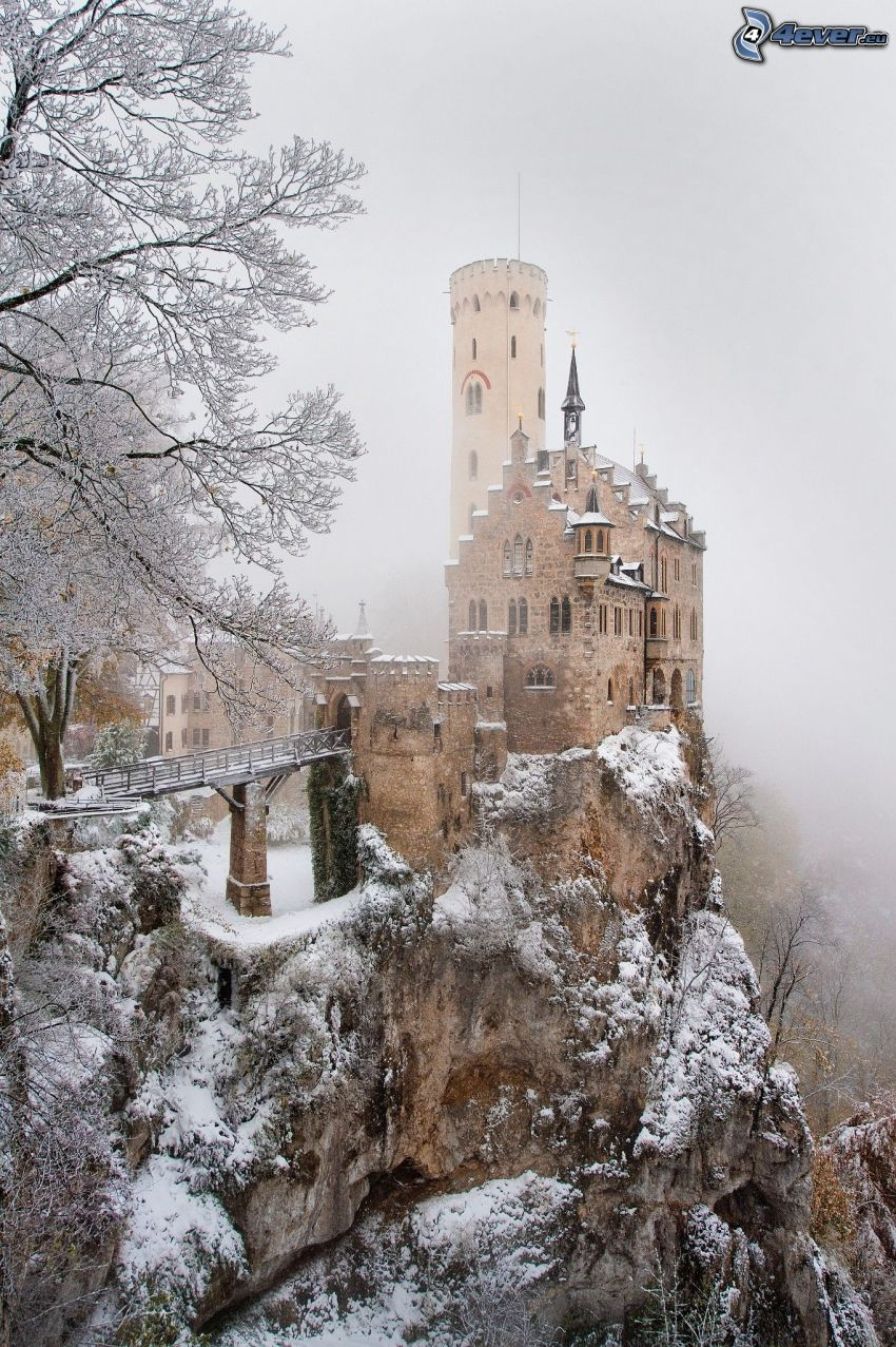 Lichtenstein Castle, paisaje nevado