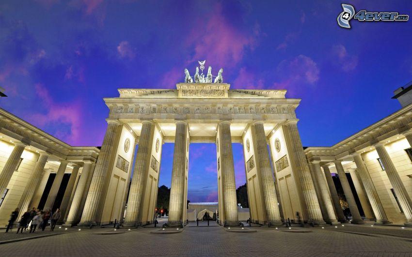 Puerta de Brandeburgo, Berlín, Alemania, iluminación