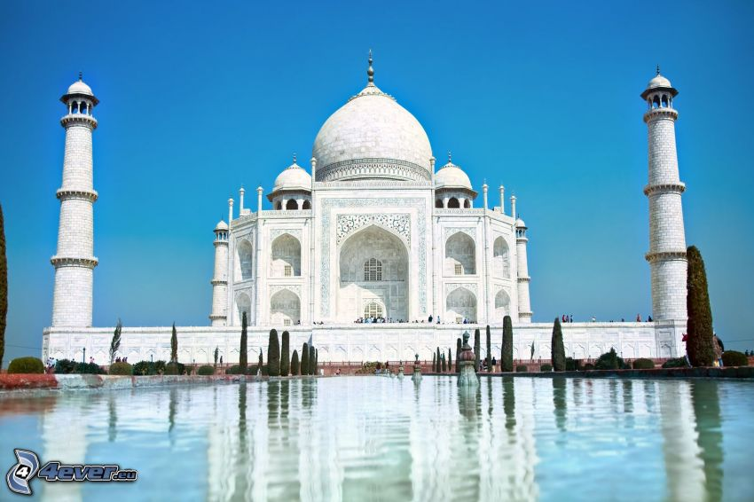 Taj Mahal, agua