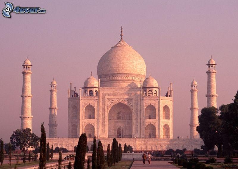 Taj Mahal, árboles, cielo púrpura