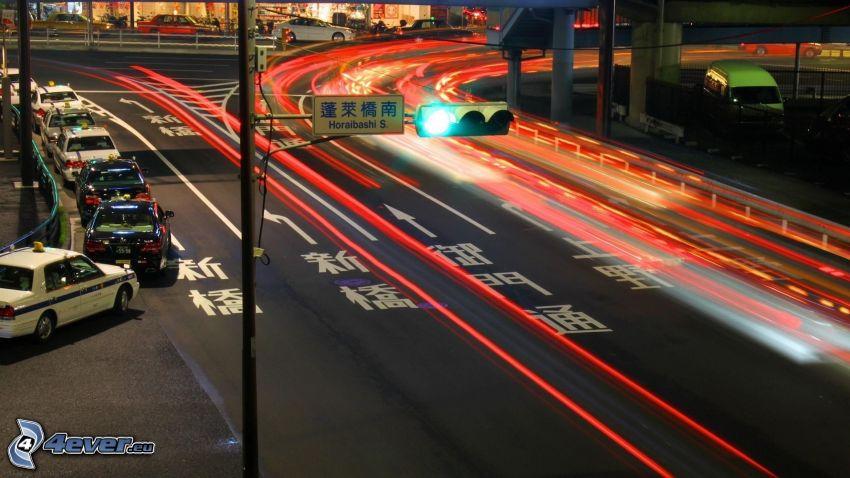 Tokio, carretera por la noche