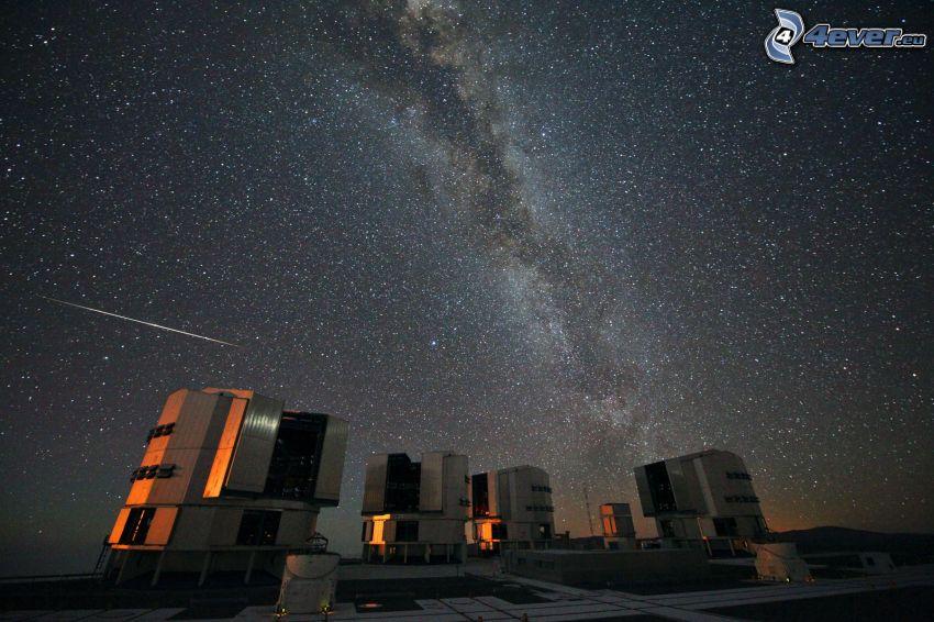 observatorio, cielo de noche, cielo estrellado, lluvia de meteoritos