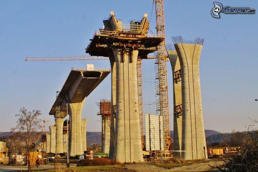 Autopista puente, estructura, grúa, cielo azul