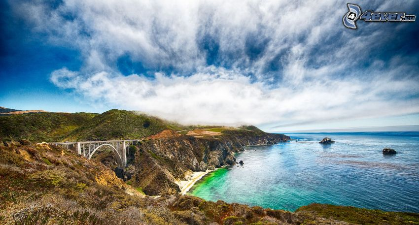 Bixby Bridge, acantilados costeros, Alta Mar, nubes