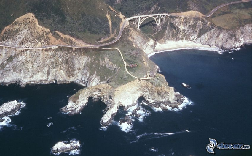 Bixby Bridge, camino, acantilados costeros