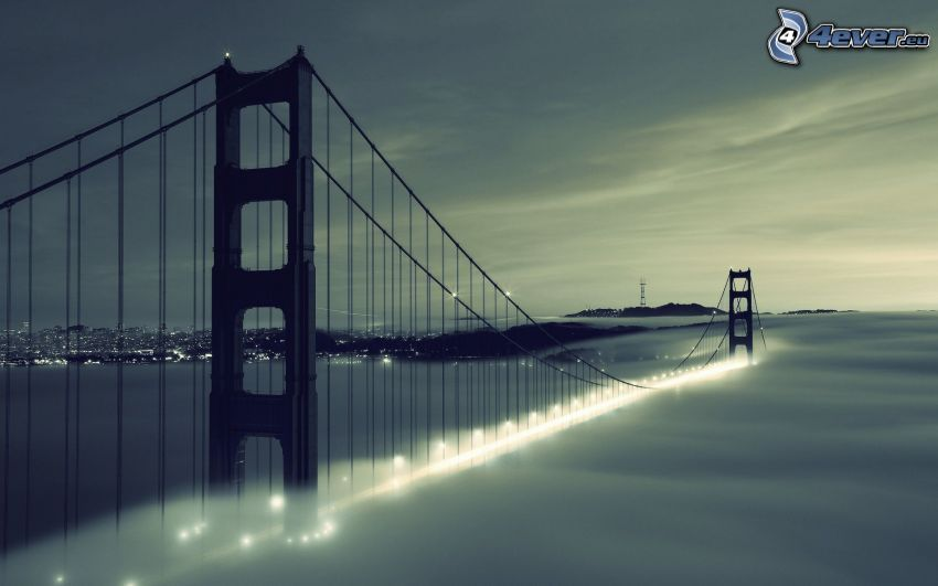 Golden Gate, San Francisco, niebla sobre el mar