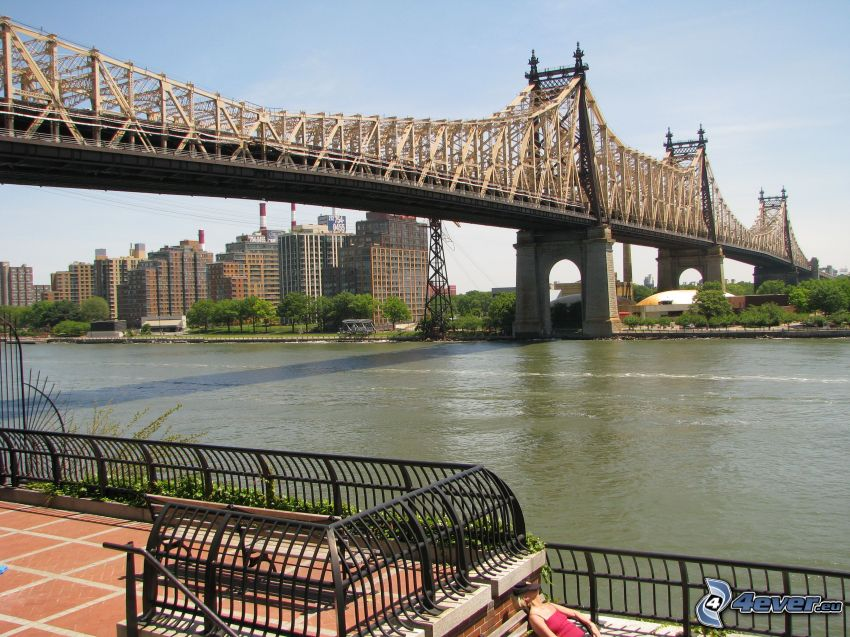 Queensboro bridge, río