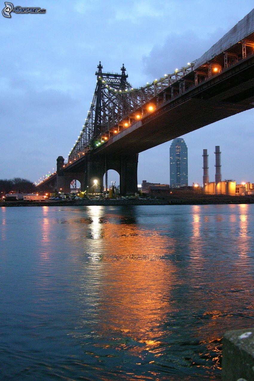 Queensboro bridge, río