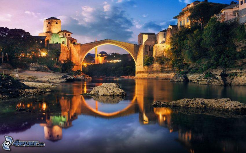 Stari Most, atardecer, reflejo, Neretva, Mostar