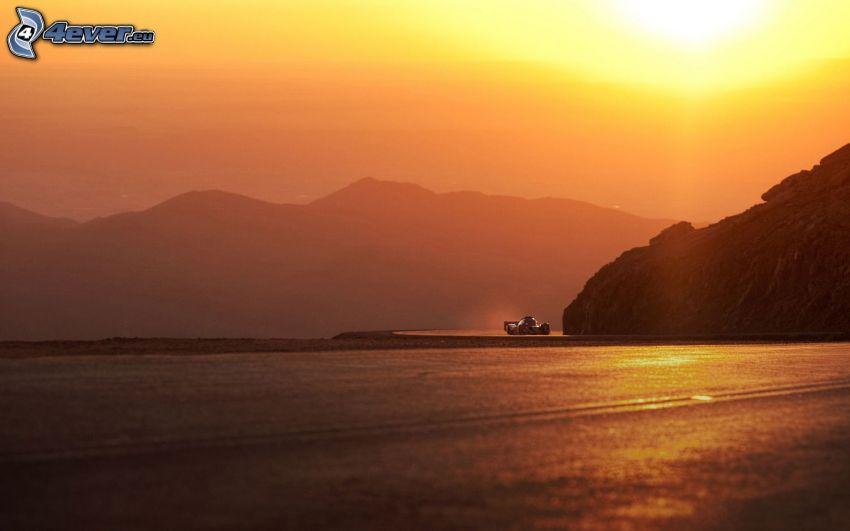 carreras, puesta del sol