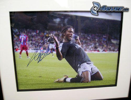 Didier Drogba, futbolista, autógrafo