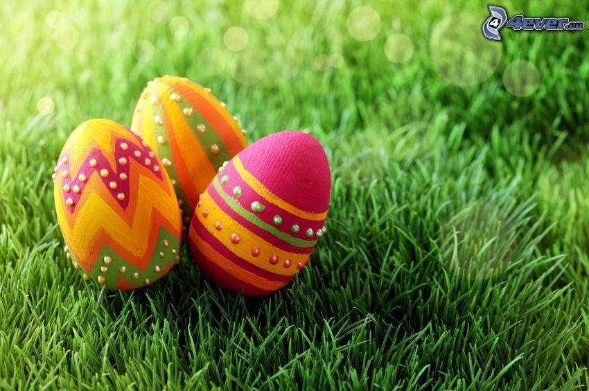 huevos de pascua, hierba