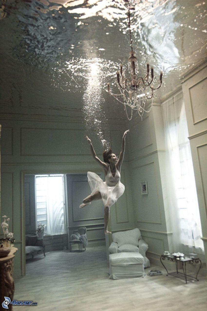 habitación inundada