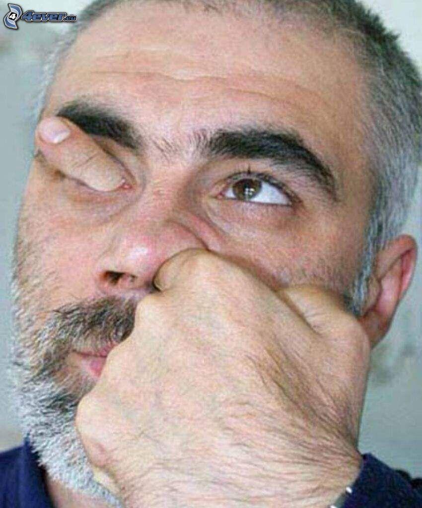 hombre, mano, nariz, ojo, dedo