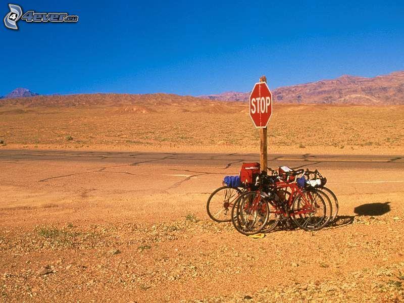 bicicletas, stop, desierto