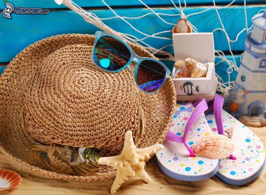 cosas, sombrero, gafas de sol, chancletas, concha, estrella de mar