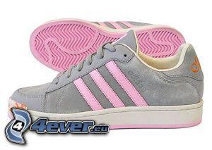 Adidas, zapatos deportivos