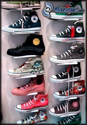 Converse, zapatillas de colores, zapatos, tienda