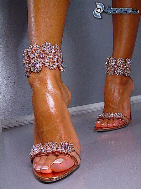 Lorenzi, zapatos con tacón, zapatos, pies
