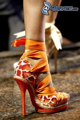 zapatos con tacón, Dior