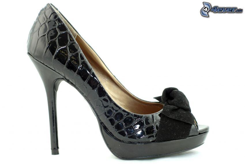 zapatos de gala con arco