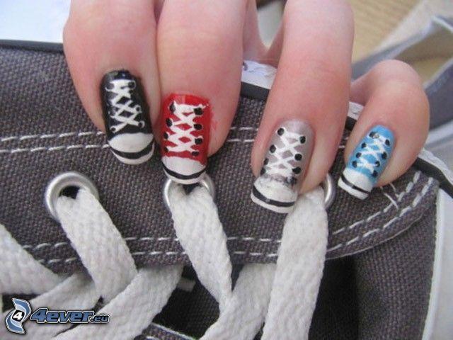 zapatilla de deporte, uñas, cordones