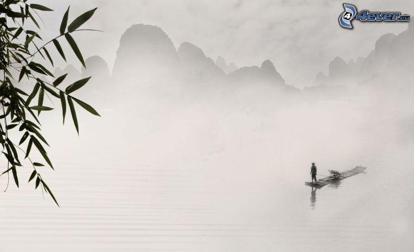 balsa, hombre, lago, montañas altas, niebla, blanco y negro