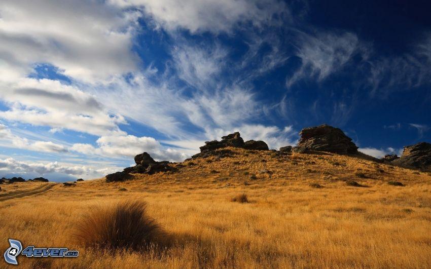campo, rocas, cielo, nubes