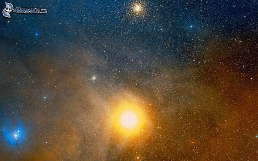 Nebulosa, cielo estrellado, sol