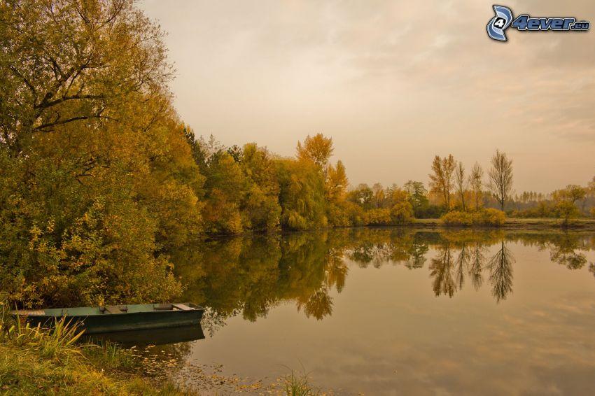 lago, barco, árboles, reflejo