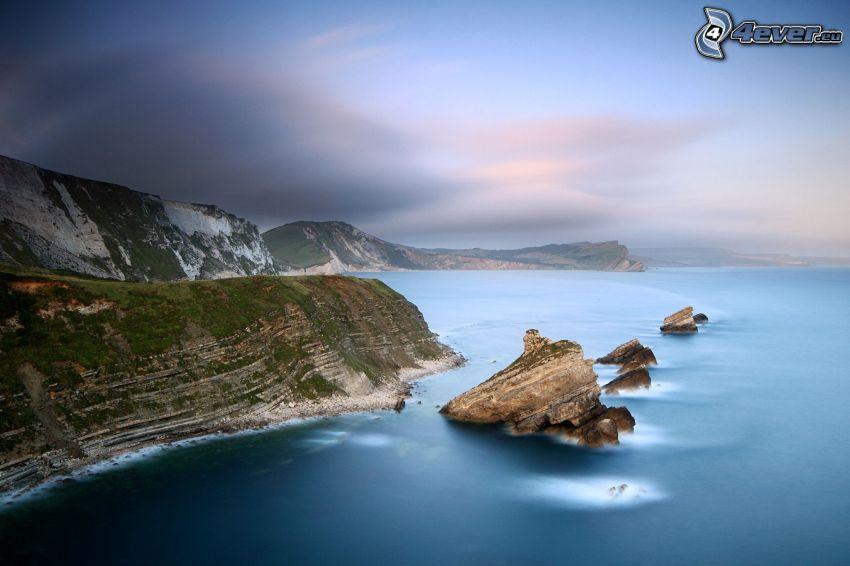 acantilados costeros, mar