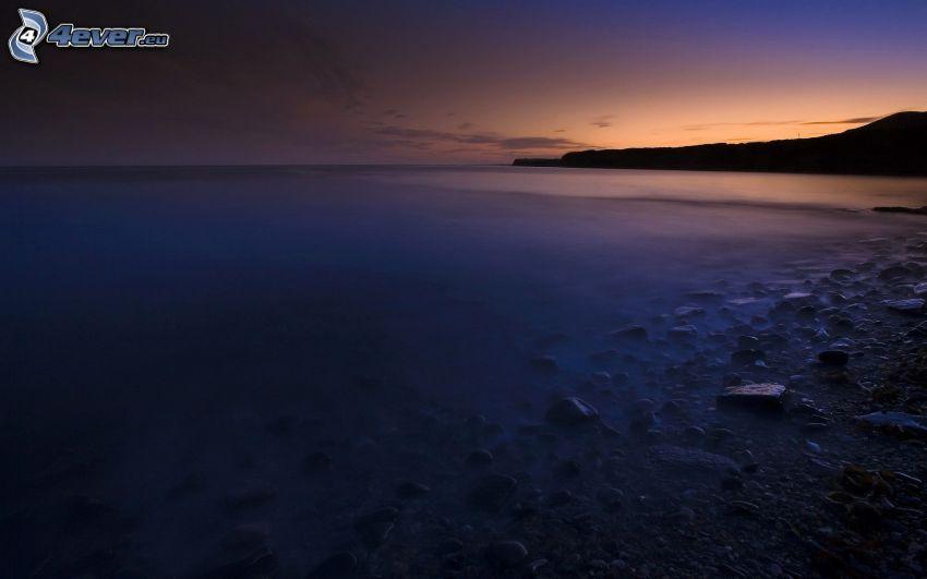 después de la puesta del sol, mar