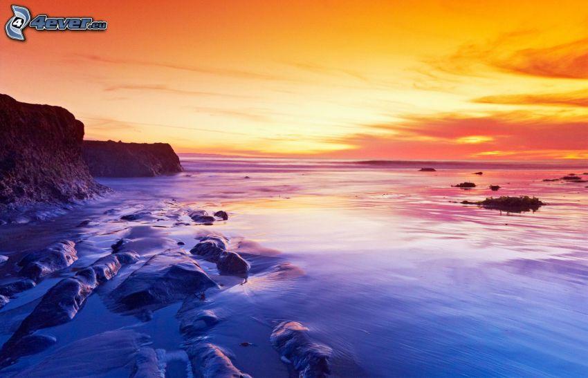 mar, cielo de la tarde, cielo anaranjado, acantilados costeros