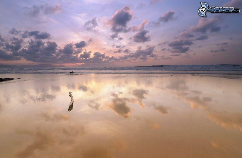 mar, después de la puesta del sol
