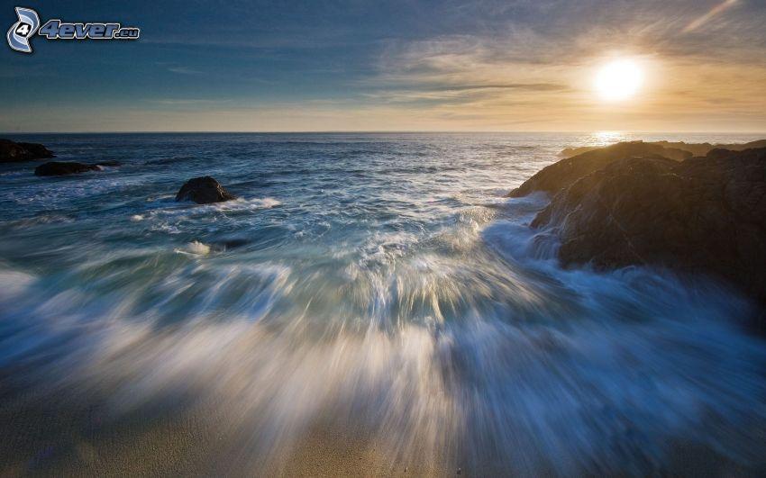 mar, puesta de sol en el mar