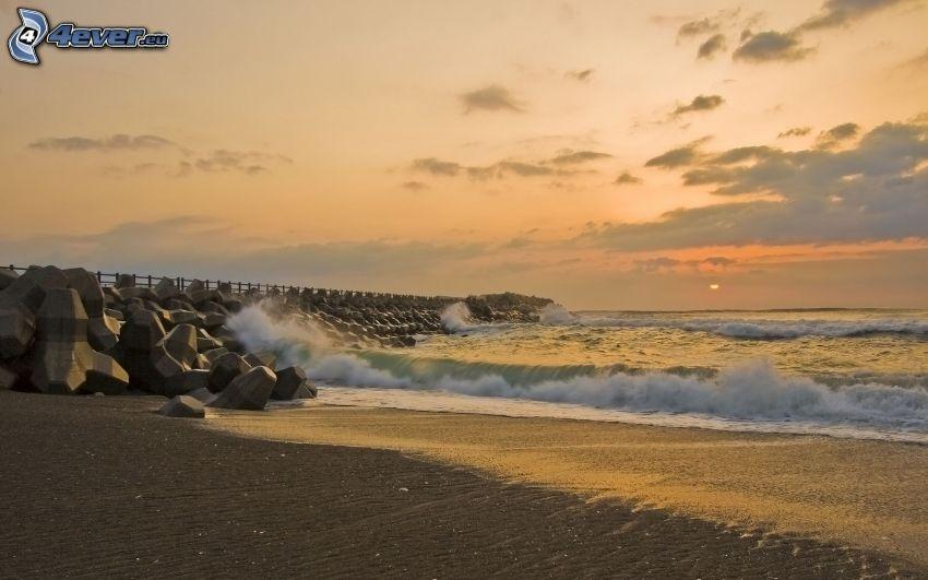 olas en la costa, mar, muelle, cielo