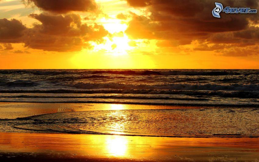 salida del sol, mar, nubes