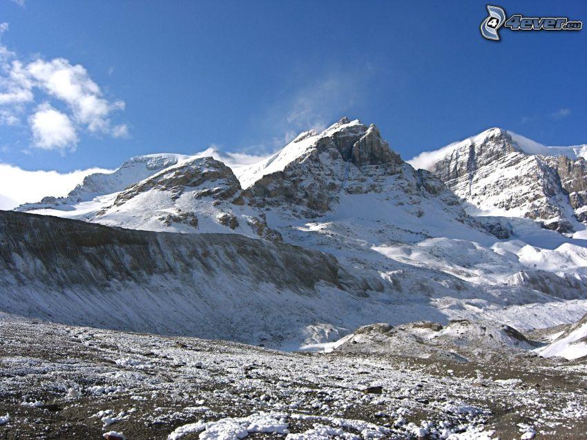 colinas cubiertas de nieve