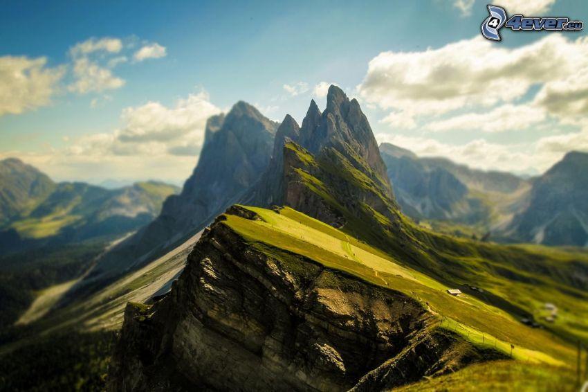Dolomitas, montaña rocosa
