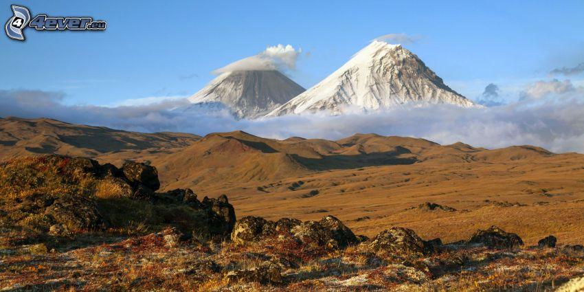 Kronotsky, montaña rocosa, valle