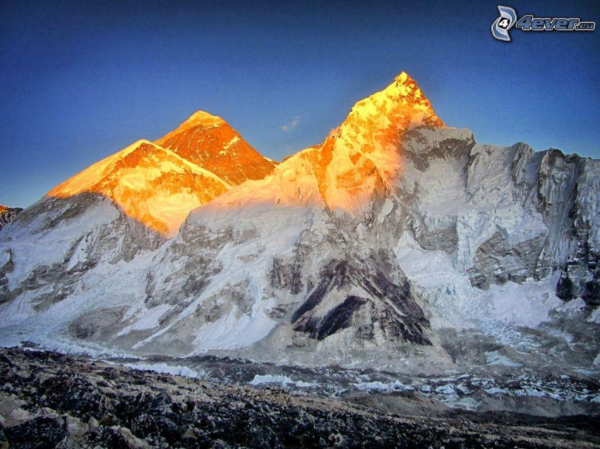Monte Everest, montaña rocosa, puesta del sol
