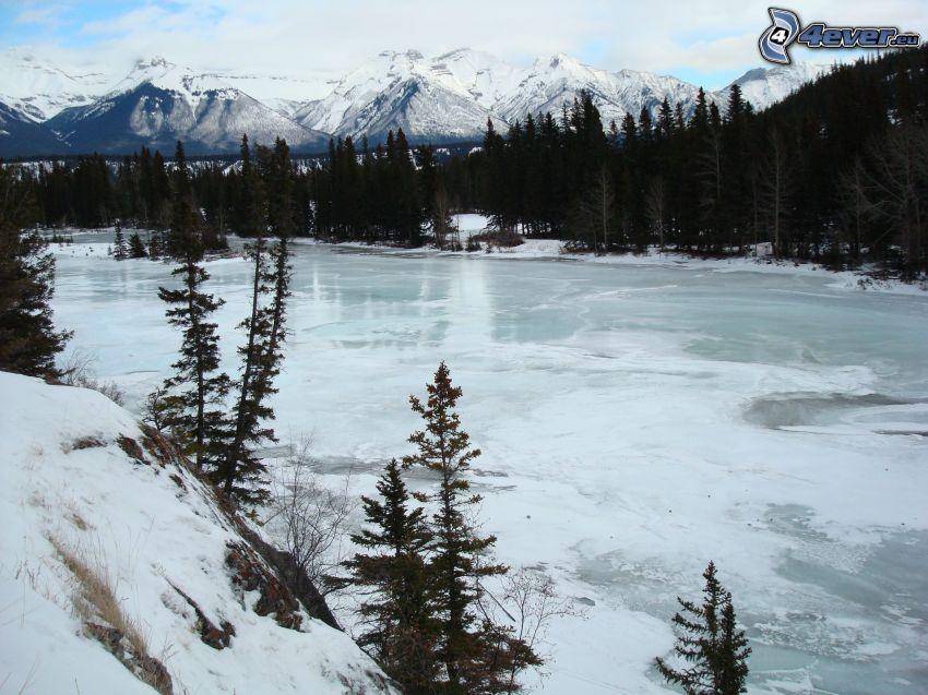 río congelado, Canadá, invierno