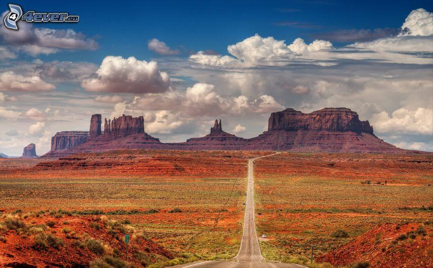 carretera a través del valle Monument Valley