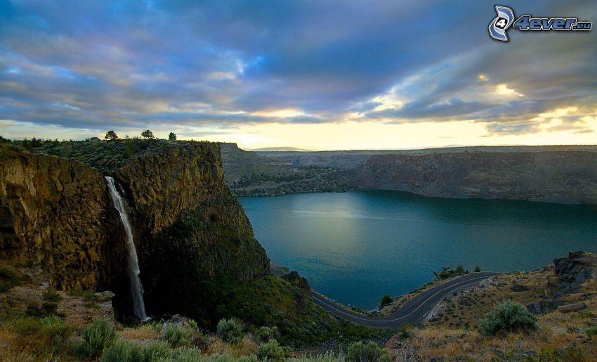 cascada, roca, lago, camino