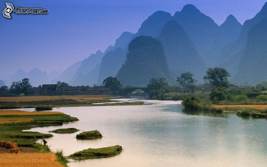 China, río, montañas