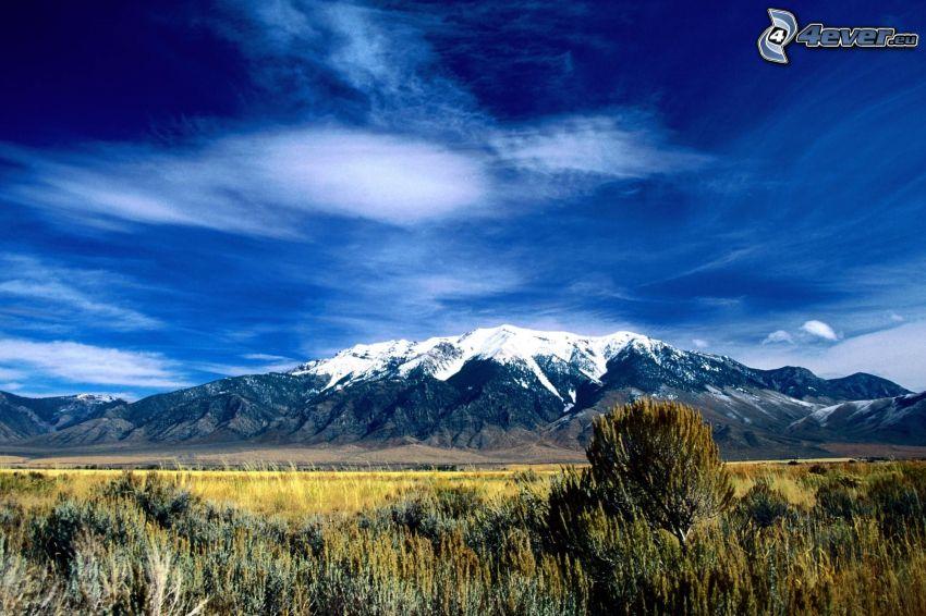Idaho, USA, colinas cubiertas de nieve