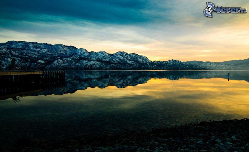 lago, montañas rocosas, reflejo, puesta del sol
